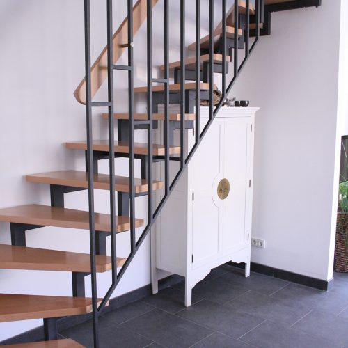 Sandstrahloptik Treppenaufgang