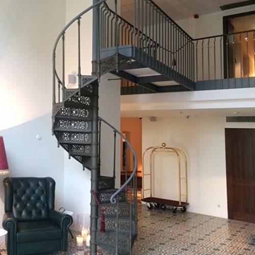 Gußeiserne Treppe im Hotel Grand Ferdinand